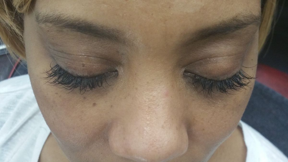 client image individual eyelash extentions